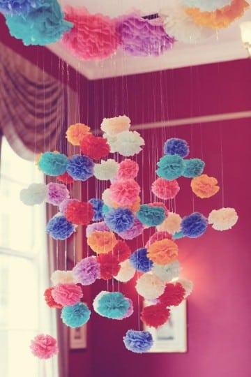 como hacer flores con papel china colgantes