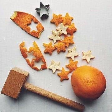 como hacer una estrella navideña con desechos