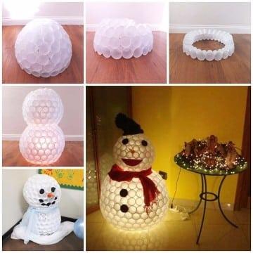 muñeco de nieve hecho con vasos paso a paso