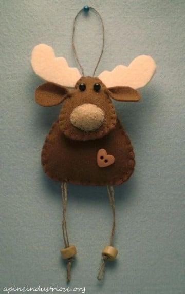 Grandes renos navide os en tela y foami paso a paso - Renos de fieltro ...