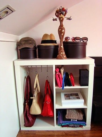 ideas para guardar bolsos bolsas y carteras en el closet