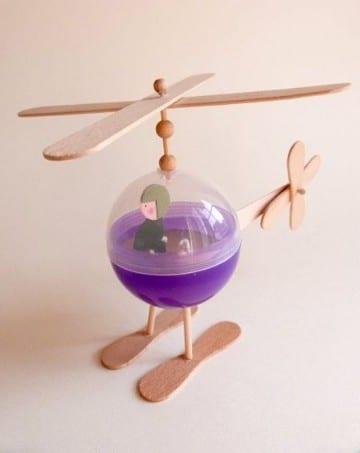 juguetes hechos de material reciclado imagenes