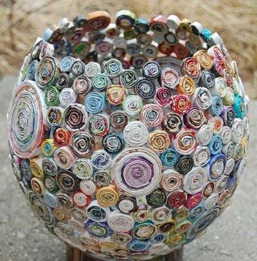 como hacer floreros de papel reciclado