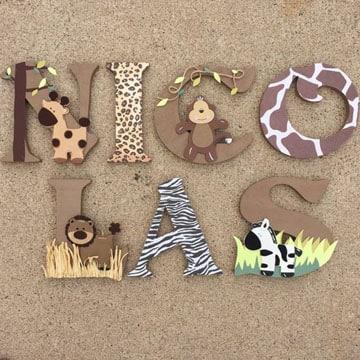 decoracion de letras de madera para niños