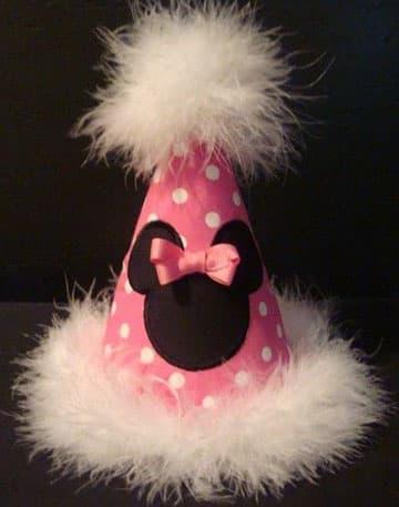 manualidades de minnie para cumpleaños sombrero cono