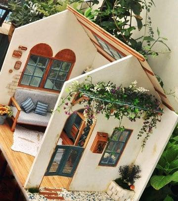 casitas de muñecas pintadas pequeña