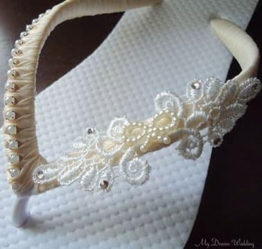 chanclas decoradas con perlas sencilla
