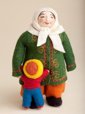muñecas rusas de trapo con niño