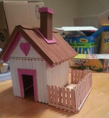 casas de palitos de paleta pequeña