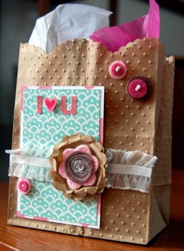 como decorar bolsas de regalo novios