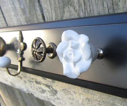 como hacer percheros de pared reciclaje