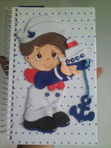 cuadernos decorados en foami para niño