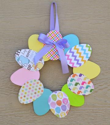 huevos de colores para niños adorno