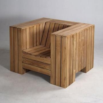 sillones con palets de madera macizo