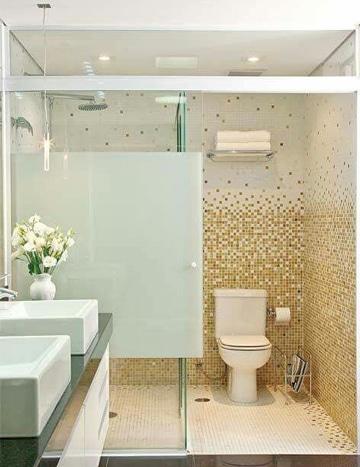 como decorar un baño sencillo con mosaico