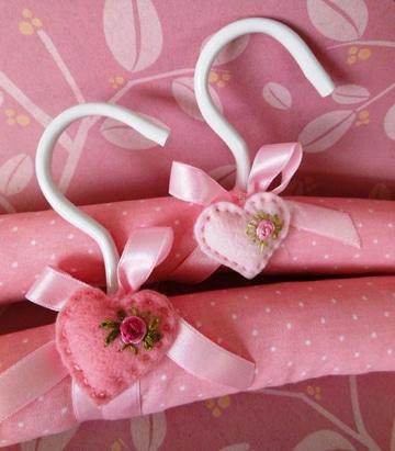 ganchos de ropa decorados para bebe