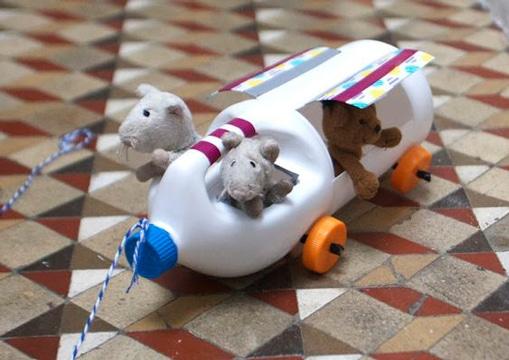 juguetes con botellas de plastico carrito