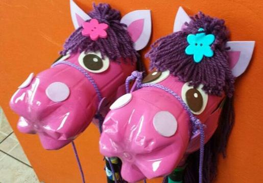 juguetes con botellas de plastico para niñas