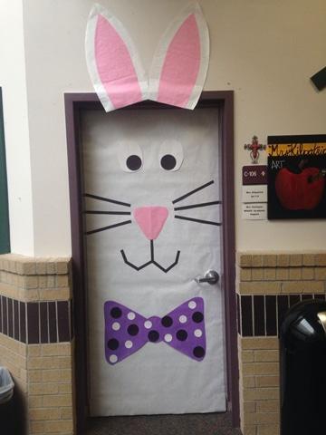 puertas decoradas para niños de conejo