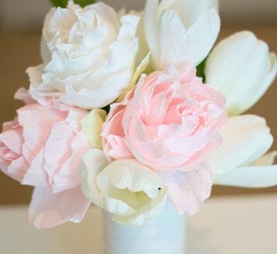 como elaborar flores de papel faciles