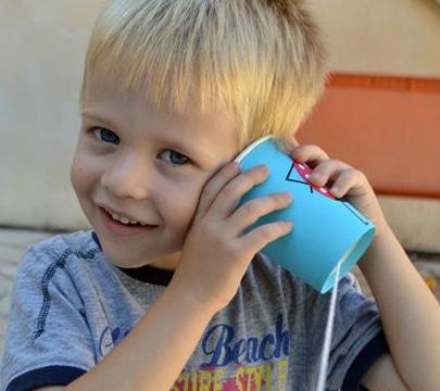 como hacer un telefono con vasos para jugar