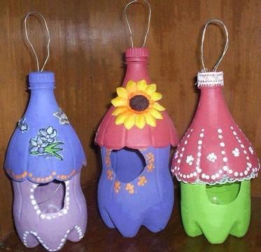 como pintar botellas de plastico para colgar