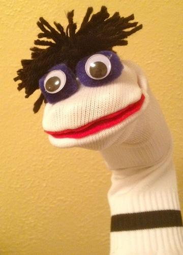 como hacer marionetas con calcetines faciles