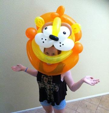 como hacer una mascara con globo para niños