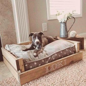 Una cama de perro con palets digna de tus amigos caninos - Casa de perro con palets ...