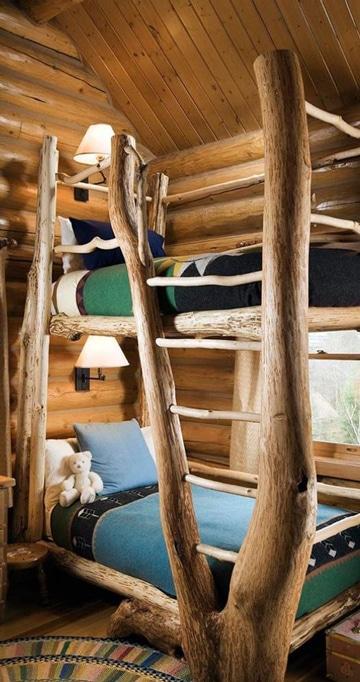 camas rusticas de troncos doble