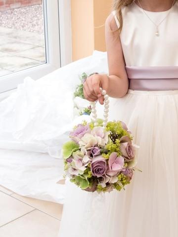 canastas decoradas para boda con rosas
