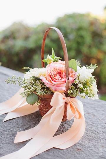 canastas decoradas para boda estilo romantico