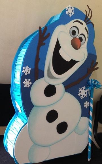 como hacer una piñata de frozen personaje