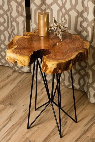Creaciones inteligentes con las mesas de troncos de madera for Mesas de troncos de madera