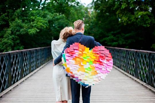 piñatas con material reciclado de amor