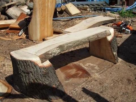 troncos de madera para sentarse acabado natural