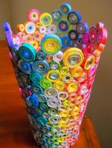 como hacer un florero de papel reciclado