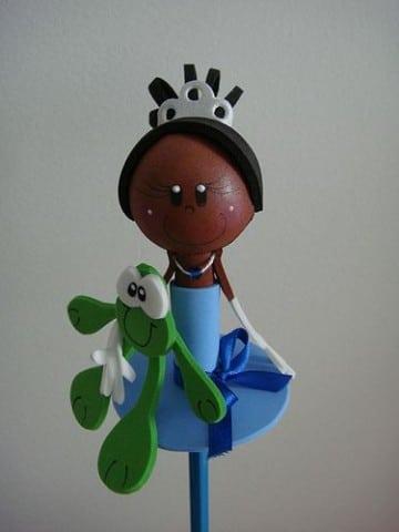 lapices decorados con goma eva princesa
