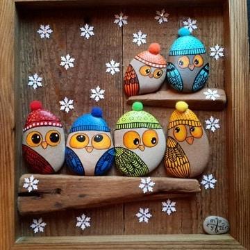 buhos pintados en piedras para decoracion