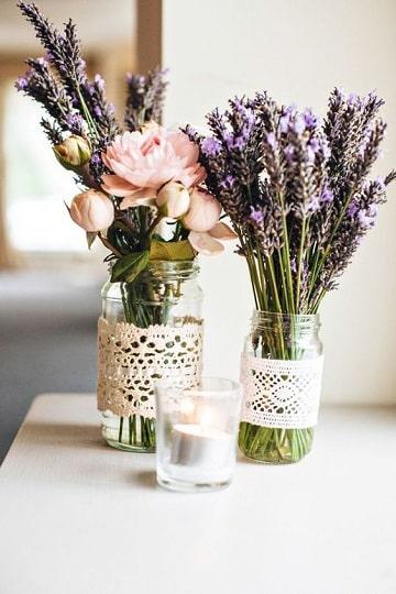 ideas con frascos de mermelada floreros