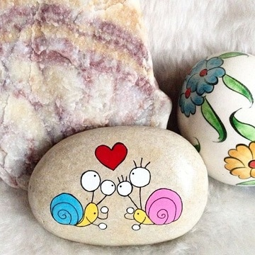 piedras de rio pintadas a mano para regalar