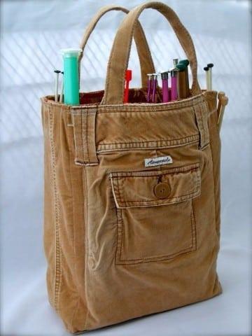 bolsos con retazos de tela marron