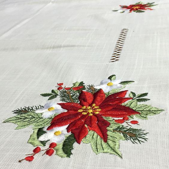 como hacer manteles navideños bordado