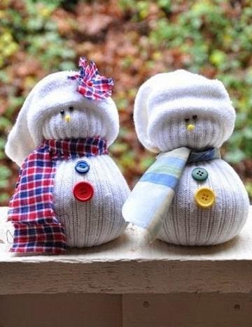 como hacer muñecos con calcetines para navidad