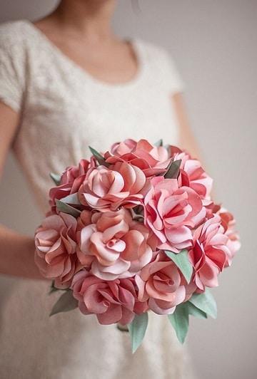 como hacer un ramo de flores artificiales elegante