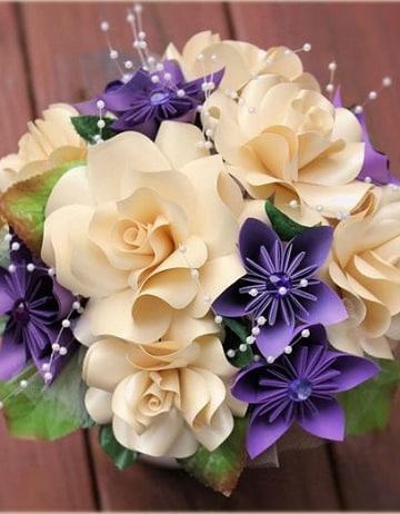Mira modelos sobre como hacer un ramo de flores artificiales