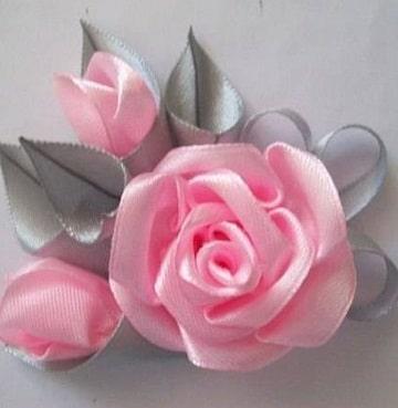 flores de cinta de raso para el pelo color rosa