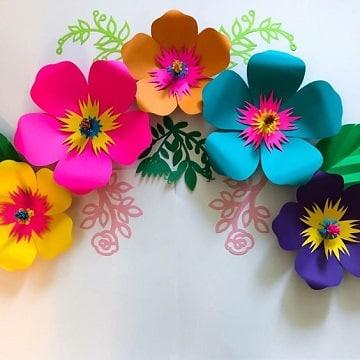 flores de papel cartulina para pegar en la pared