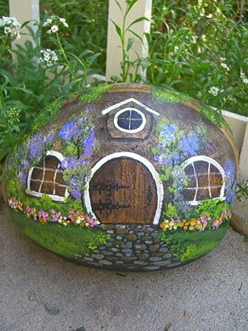 piedras grandes pintadas para jardin casas