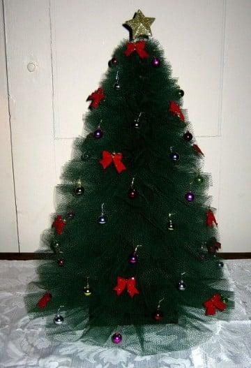 arboles de navidad hechos a mano con tul